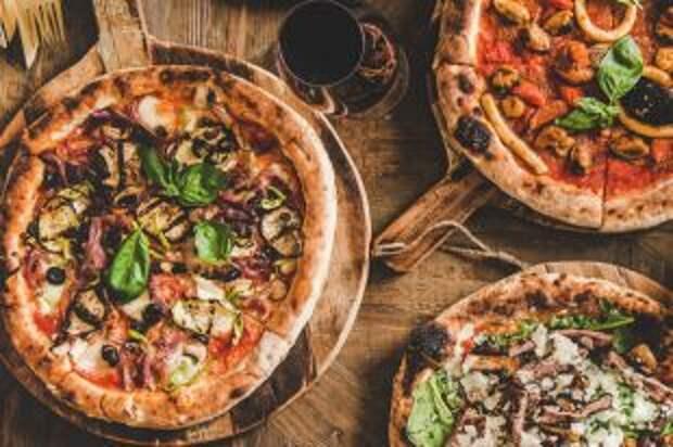 Чем американская пицца отличается от итальянской?