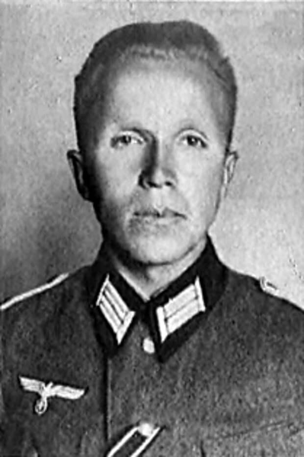 Николай Кузнецов в немецкой форме, 1942 год