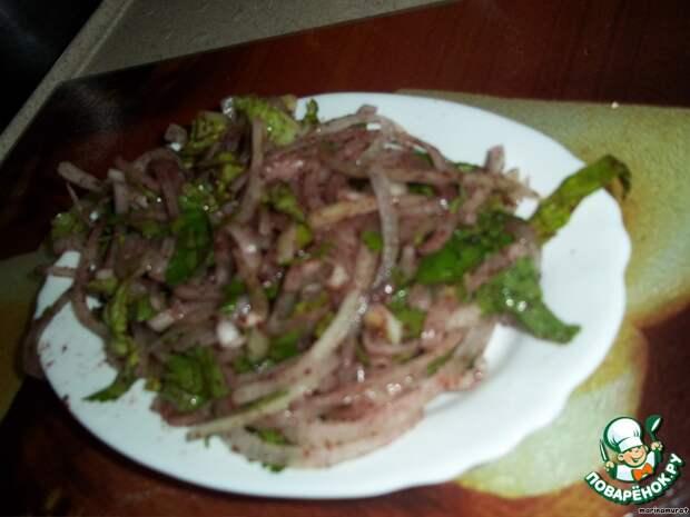 Традиционный турецкий салат для шашлыка