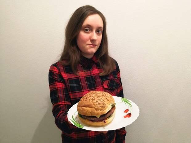 Жительница Строгина придумала бургер без мяса