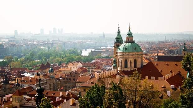 Политолог Мартынов рассказал, чем для Праги обернется неуважение к России