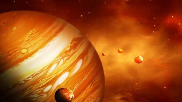 Юпитер столкнулся с неизвестным объектом