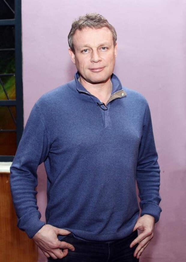 Сергей Жигунов женился на возлюбленной, которую называют копией Анастасии Заворотнюк