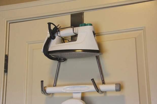 Идеи для хранения гладильной доски. Или 10 мест, где можно спрятать гладильную доску, фото № 40