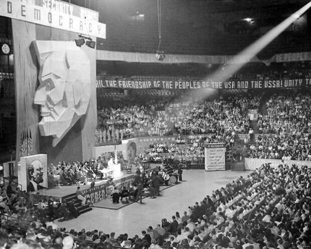 ХХ съезд Коммунистической Партии США. Чикаго, 1939 год.
