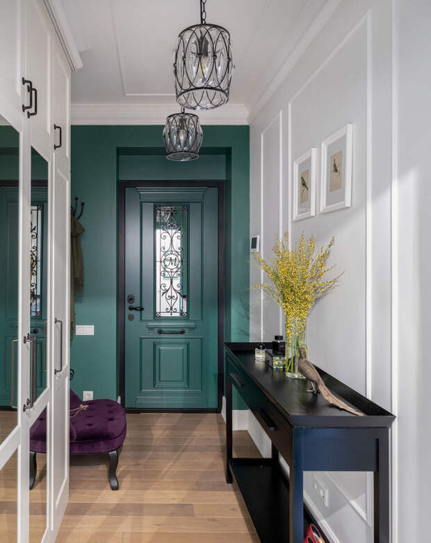 18 необычных входных дверей, которые стали фишкой прихожей