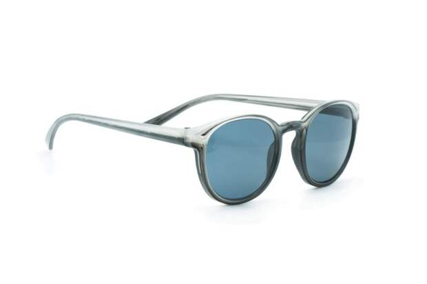 Хит лета-2019 – солнцезащитные очки ручной работы из переработанного пластика