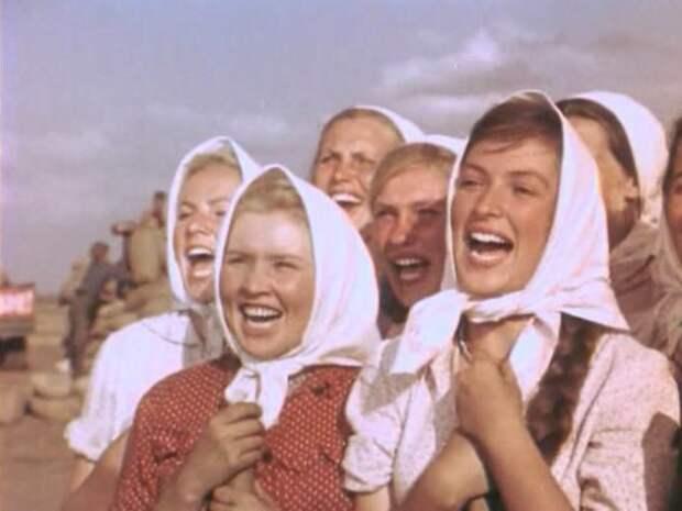 Екатерина Савинова в фильме *Кубанские казаки*, 1949   Фото: kino-teatr.ru