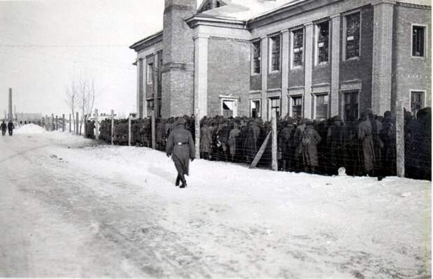 «Бесславный» Чехович: как партизан подорвал кинотеатр полный нацистов ибыл забыт