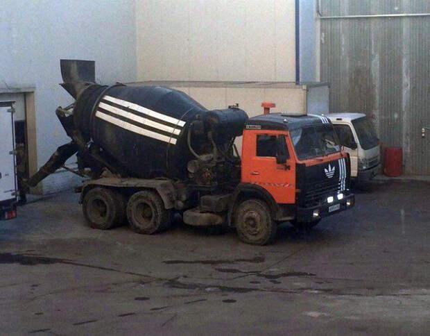 Рубрика: странный тюнинг на Novate.ru.   Фото: Kaifolog.ru.