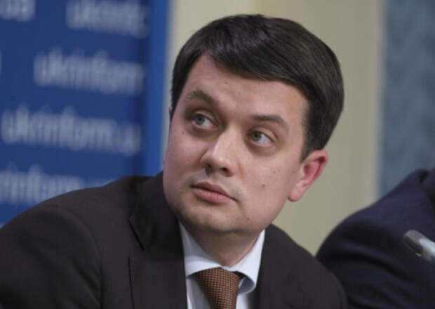 После местных выборов спикер ВР Разумков дистанциируется от «зеленой власти»