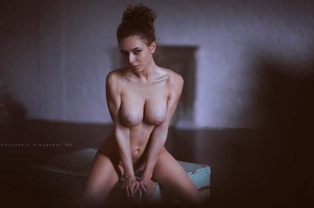 Голые красотки отАлександра Савушкина