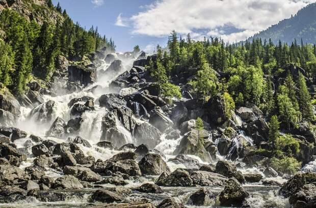 Удивительная Россия: 28 фотографий уникальных природных достопримечательностей, которые нужно увидеть