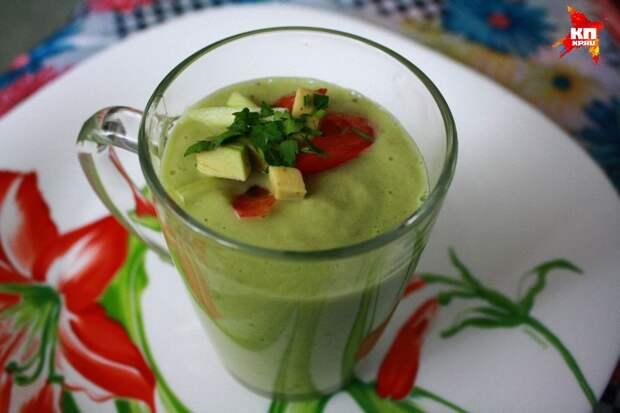 5 лучших рецептов холодных и быстрых летних супов