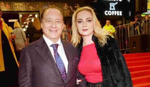 «Она не содержанка»: Максим Дунаевский полностью обеспечивает бывшую жену