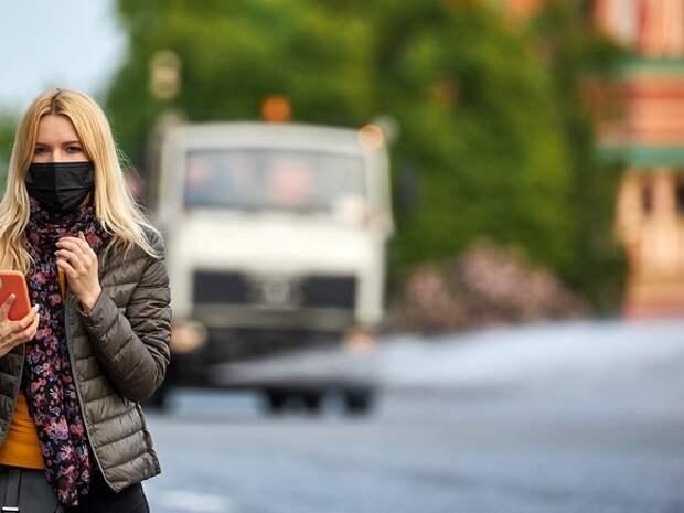 В Петербурге за сутки выявили почти в четыре раза меньше зараженных коронавирусом, чем в Москве