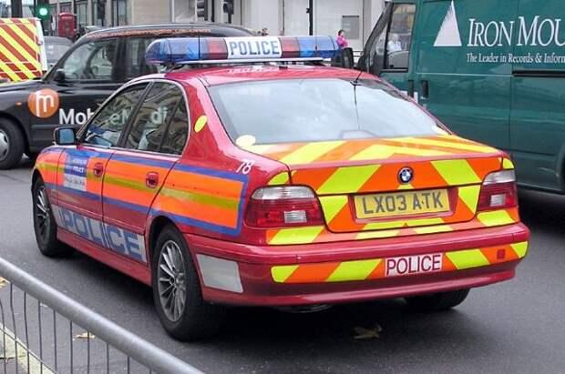 В банке HSBC в Лондоне экоактивисты разбили 19 окон - Reuters