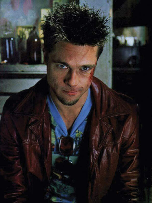 Брэд Питт в фотосессии для фильма «Бойцовский клуб» (1999).