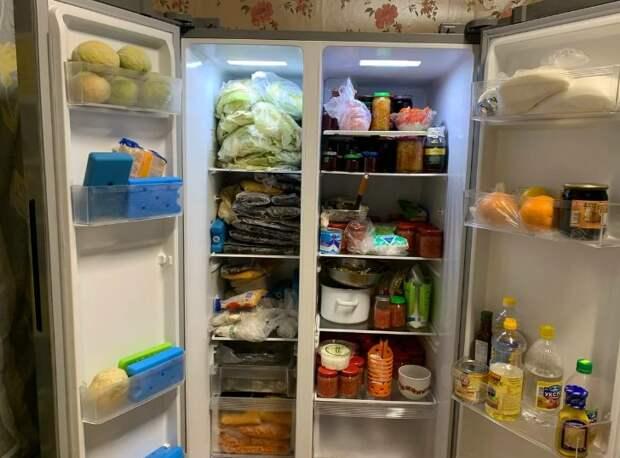 Что в холодильнике у простой пенсионерки из удмуртской деревни. Сфоткала незаметно в гостях