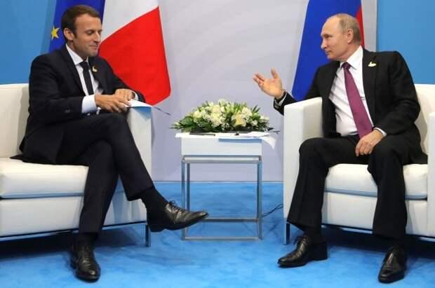 Путин назвал Францию одним из ключевых экономических партнеров России