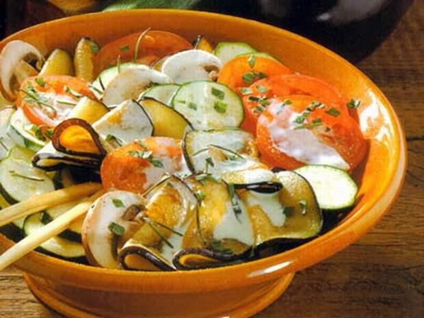 Салаты из баклажанов с овощами – рецепты приготовления
