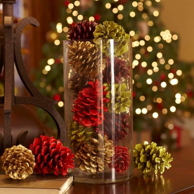 УЮТ. Красивый новогодний декор из шишек