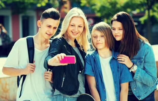 Современные подростки питаются кое-как, совсем не любят активные игры и общение в реале?