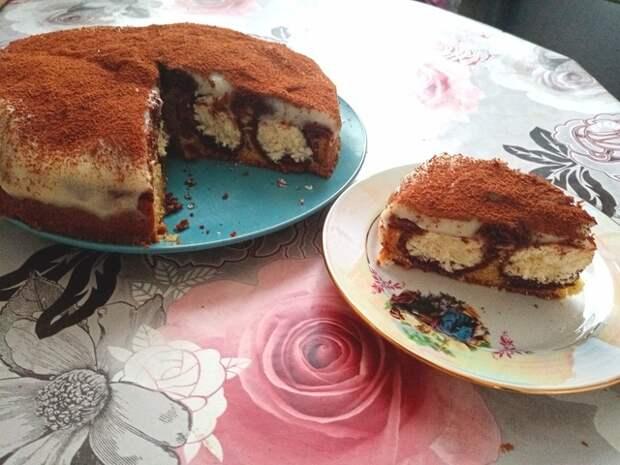 Фото к рецепту: Творожно-кокосовый пирог  утренняя роса