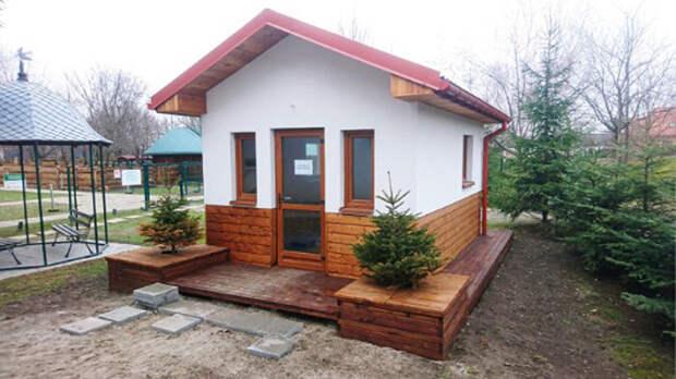 «Собачья деревня», в домиках которой есть диваны, пол с подогревом и кондиционеры