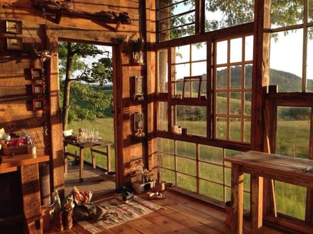 Невероятный вид из домика компенсирует все бытовые неудобства (The Sunset House, США).   Фото: casasincreibles.com.
