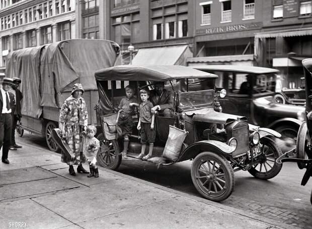 Автомобилисты в начале прошлого века