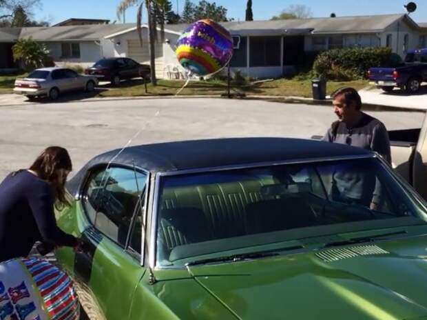 Pontiac GTO возвращает мужчине молодость (ВИДЕО)