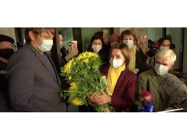 Санду устроила самопиар на смерти и расколола Молдову