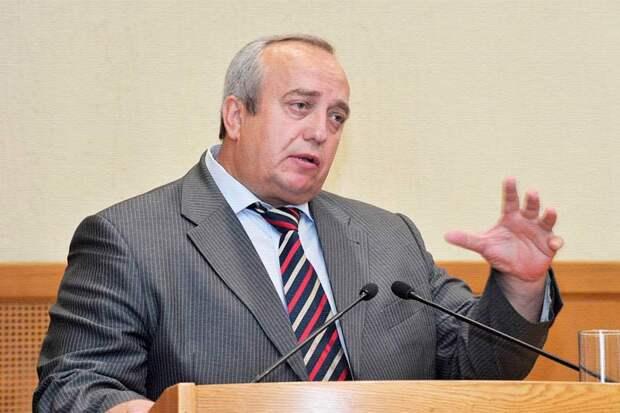Клинцевич полагает, что в «Единой России» собраны лучшие люди России, но считают ли так россияне