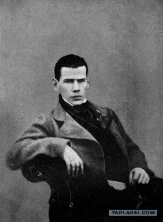 Лев Николаевич(без бороды)  интересно, история, фото