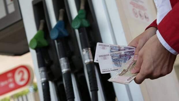 В Крыму подорожал бензин и дизель