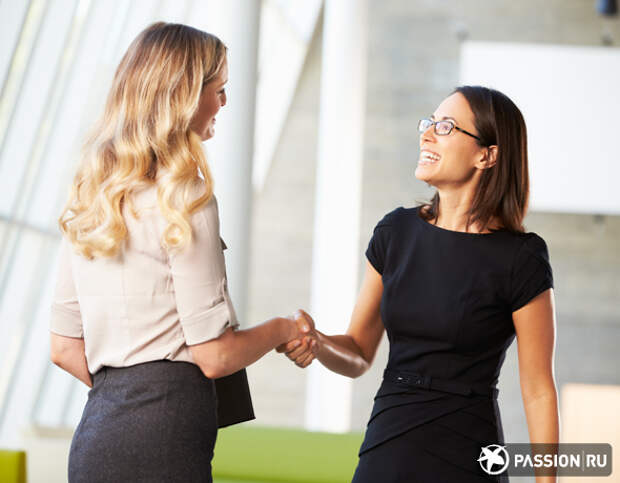 Как установить контакт с новым коллегой