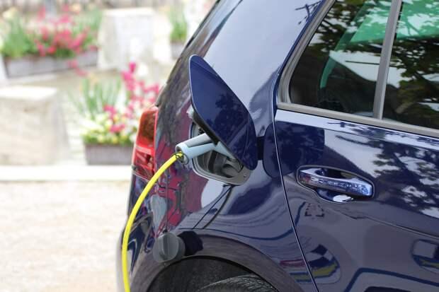 В Крыму планируют построить более 500 зарядных станций для электромобилей
