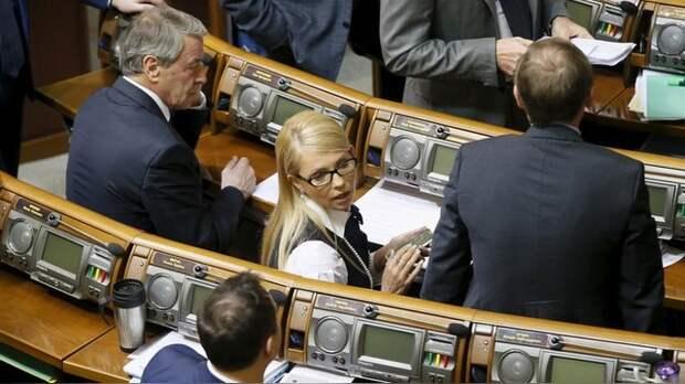 ДеПо: Новая прическа Тимошенко не сулит Яценюку ничего хорошего