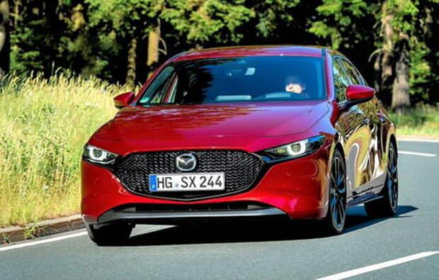 Новая Mazda 3: она подкачала мышцы!