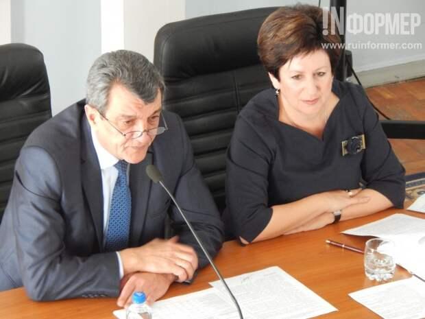 Губернатор убедился - депутатам «плевать» на социальные проблемы севастопольцев (фото, видео)
