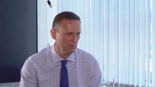Петербургский штаб Навального должен выплатить по иску о клевете Орловой