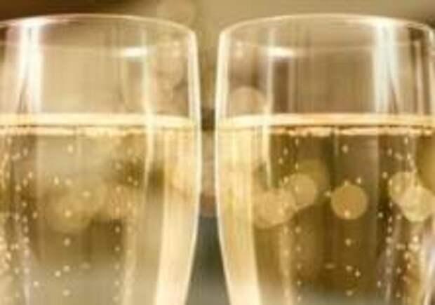 «Аэрофлот» вернет бесплатный алкоголь