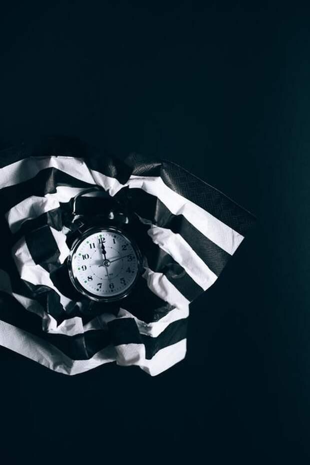 текстиль в черно белую полоску