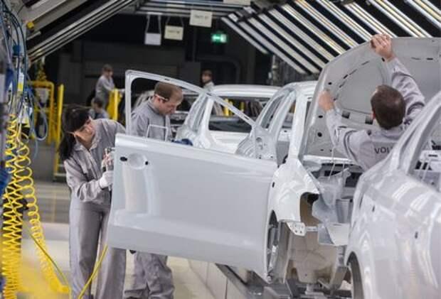 Рабочие калужского завода VW считают, что им недоплачивают