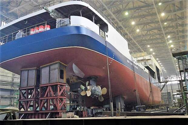 Первый танкер проекта 03182 идет на испытани