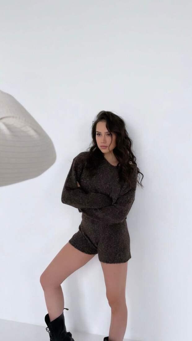 Загитову – в модели: кадры из новой фотосессии талантливой фигуристки