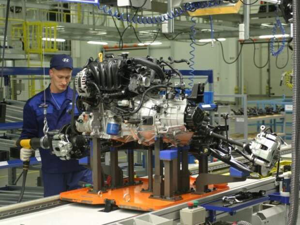 Петербургские автозаводы вернулись на уровень производства 2011 года