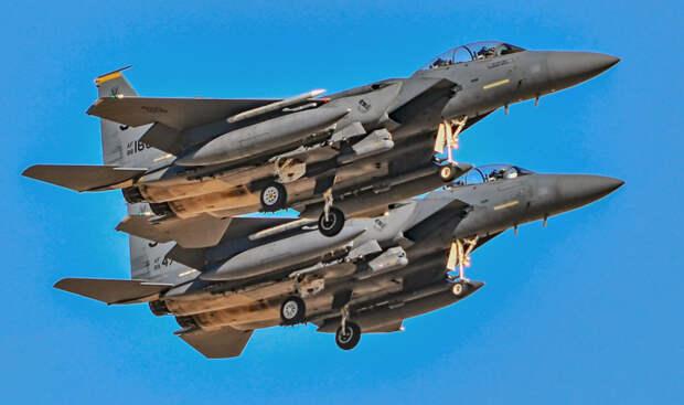 Может ли F-15 уничтожить новый российский Су-57 в ближнем бою