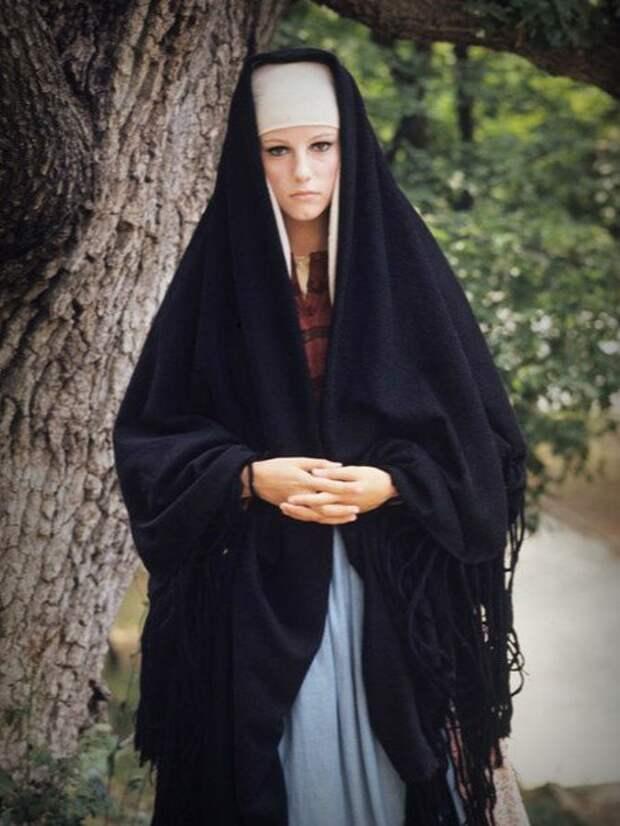 Стефания Сандрелли в итало-болгарском фильме 1968 года «Любовница Граминьи»